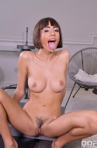 Janice Griffith Cant Get Enough Of His Hardcore Pussy Fucking