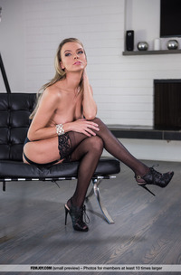 Blonde Princess Pristine E In Black Lingerie