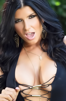 This Is Real Hot Pornstar Romi Rain