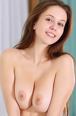 Jessica Albanka Naked Chick Shows Her Boobs And Pussy