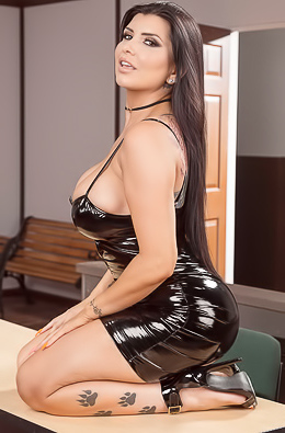 Romi Rain Born For Sex