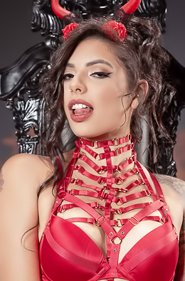 Gina Valentina - The Devil Inside