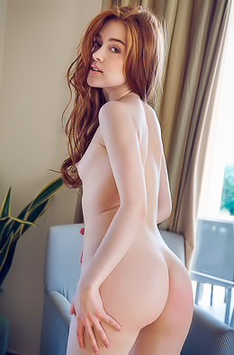 Jia Lissa Young Nude Model