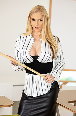 Hot Teacher Sarah Vandella