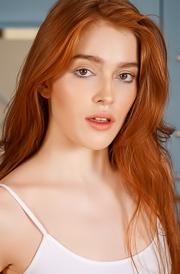 Jia Lissa Brunette chick orgasms on a chair